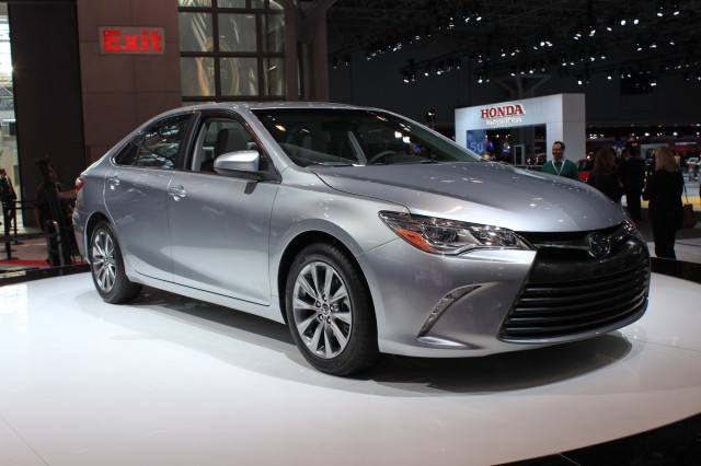 2015 Toyota Camry Video New York Auto Show Gallery 1