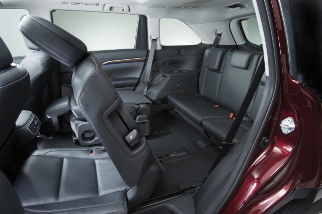 2016 Toyota Highlander For Sale >> Five Most Fuel-Efficient Vehicles With Third-Row Seating