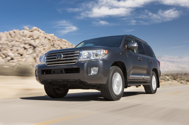 2015 toyota land cruiser review ratings specs prices and photos. Black Bedroom Furniture Sets. Home Design Ideas