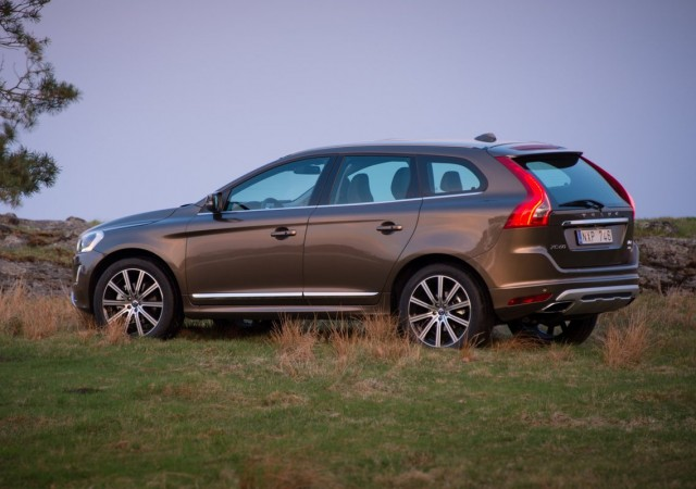 2016 volvo xc60on 2015 - photo #6