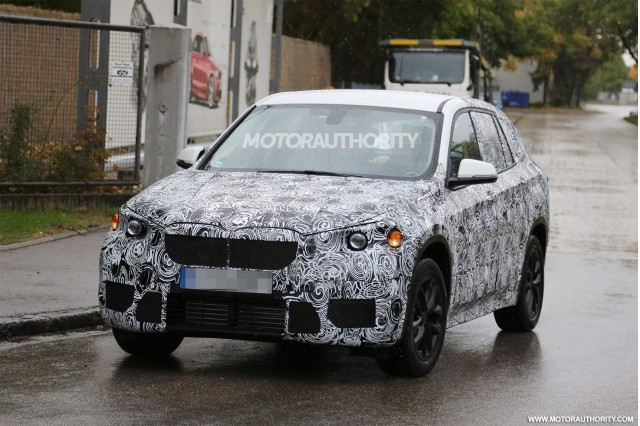 2016 BMW X1 Spy Shots, Gallery 1