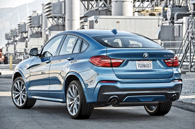 http://images.thecarconnection.com/med/2016-bmw-x4_100529264_m.jpg