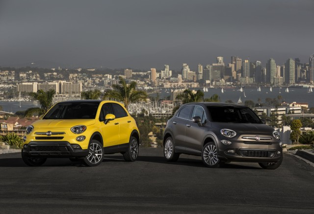 2016 fiat 500x small crossover suv to start at 20 900. Black Bedroom Furniture Sets. Home Design Ideas