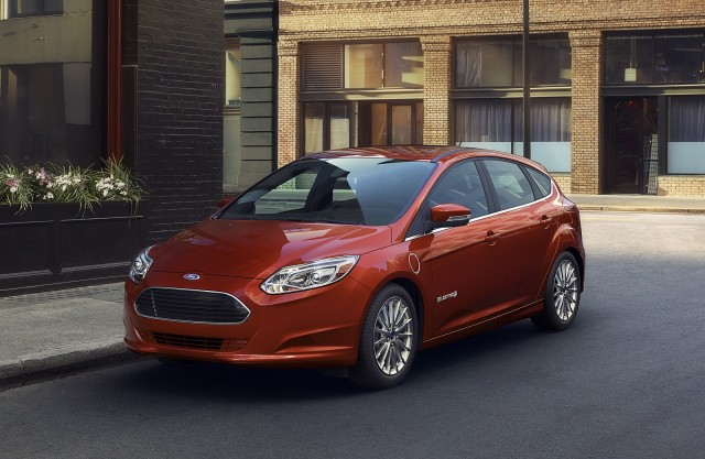 Updated 2017 Ford Focus Electric 100 Mile Range Dc Fast