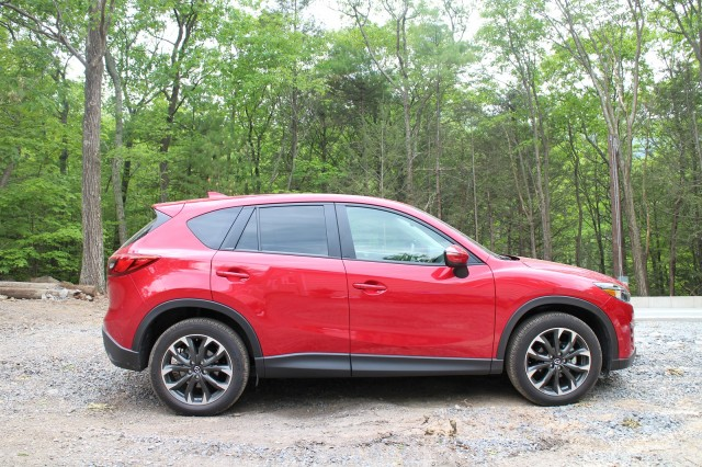 2016 mazda cx 5 grand touring gas mileage review of small suv. Black Bedroom Furniture Sets. Home Design Ideas