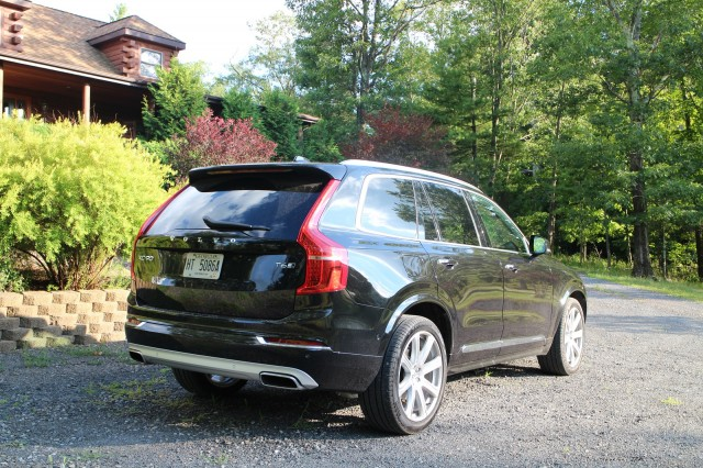 2016 volvo xc90 gas mileage review of luxury seven seat. Black Bedroom Furniture Sets. Home Design Ideas