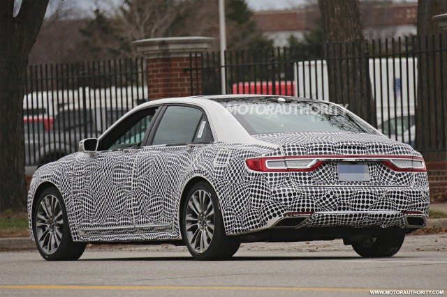 "2017 Lincoln Continental Spied, 2017 Audi Q7 Driven, 2017 Acura NSX Priced: Today""s Car News"
