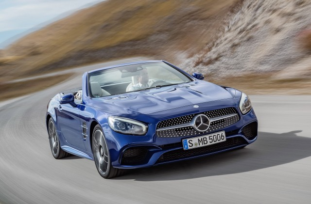 2017 mercedes benz sl leaked ahead of los angeles auto for Mercedes benz los angeles