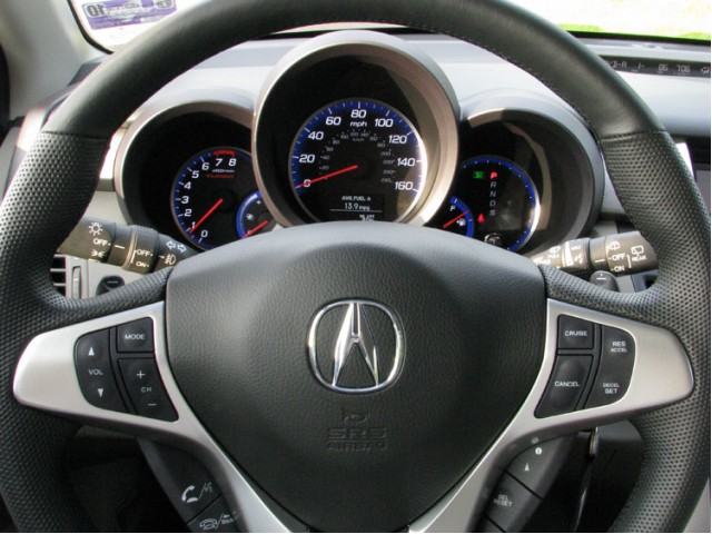 Acura_RDX_2009_Review_interior_popup_750_1.jpg
