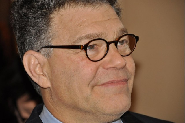 Al Frankens New Bill Guards Your Privacy On The Mobile Web ~ Wasbak Franken_045041