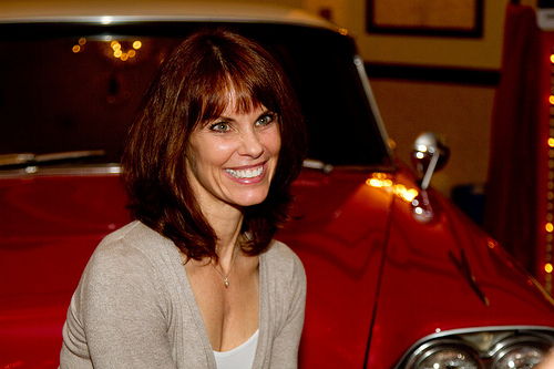 Drop Everything Baywatch S Alexandra Paul Wants To Hear