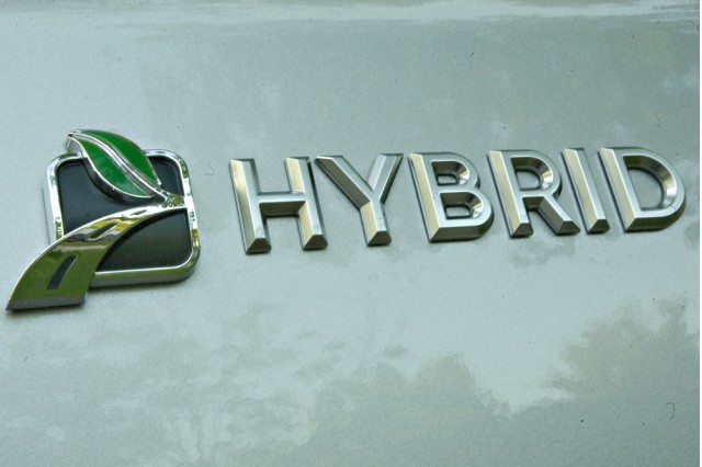 Badge on 2009 Mercury Mariner Hybrid