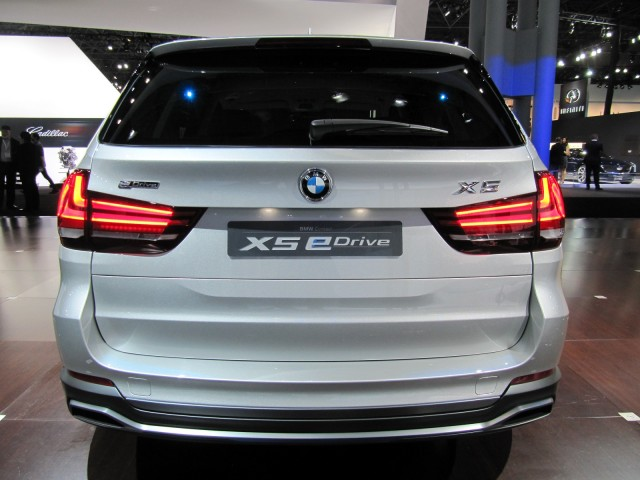 bmw brings updated concept x5 edrive to new york production version due 2015 gallery 1. Black Bedroom Furniture Sets. Home Design Ideas