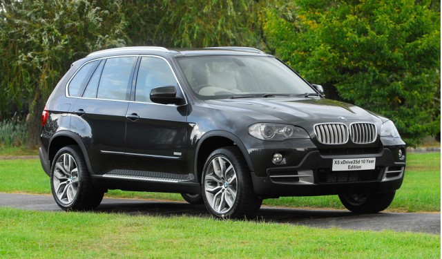 bmw x5 xdrive35d named 2012 diesel car of the year. Black Bedroom Furniture Sets. Home Design Ideas