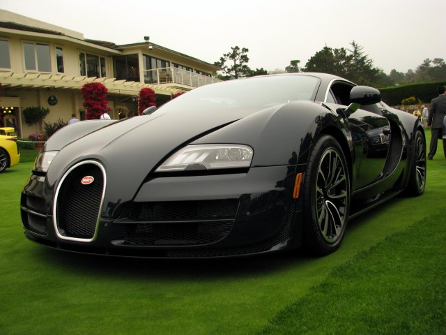 bugatti veyron super sport specs released limited to 10 mph below record speed gallery 1. Black Bedroom Furniture Sets. Home Design Ideas