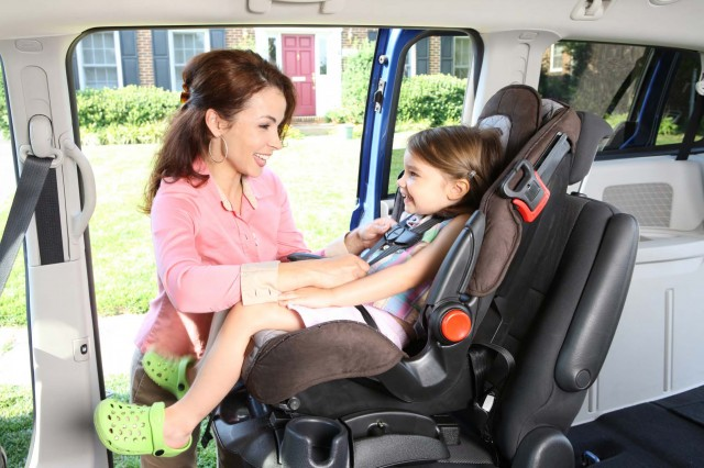 does your child 39 s car seat weigh too much for latch. Black Bedroom Furniture Sets. Home Design Ideas