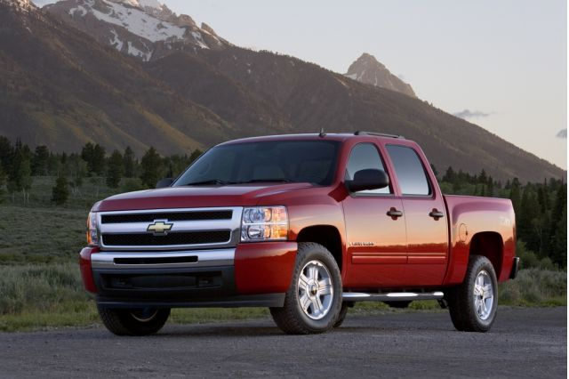 Ford And Chevy Unite For Joint Duramax Diesel Project