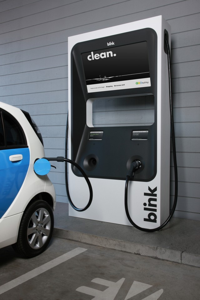Blink Charging Stations >> ECOtality Offering Free Electric Car Charging Stations: Is ...