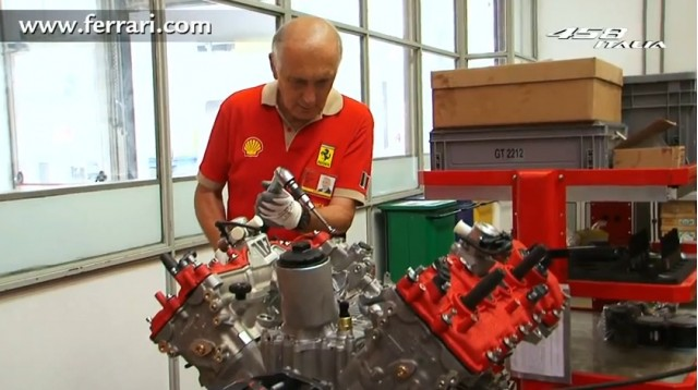 Ferrari 458 Italia engine build process