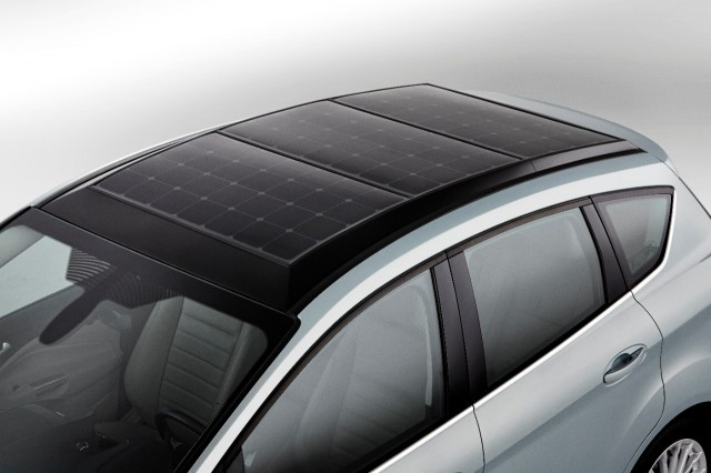 Ford C Max Solar Energi Concept Using The Sun To Charge An