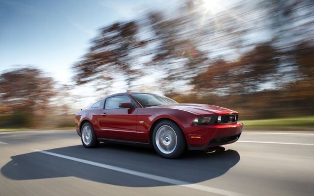 2010 Ford Mustang #7728109