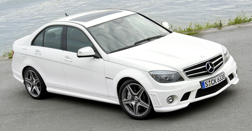 Gallery mercedes benz c63 amg in white for White mercedes benz truck