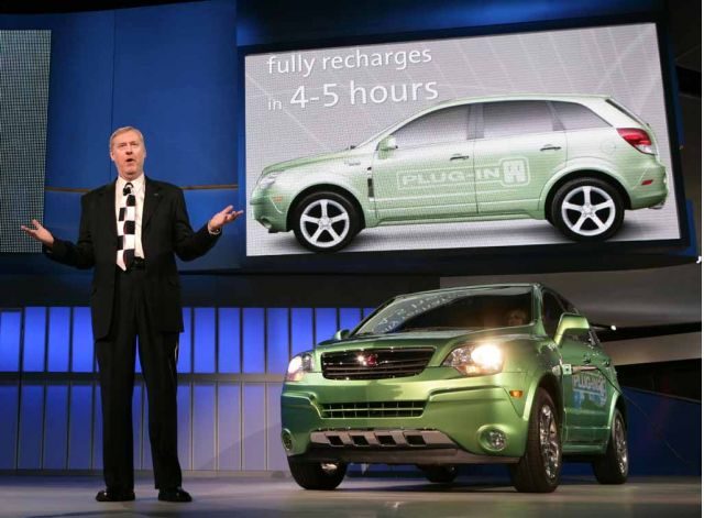 General Motors Executive Vice President for GM Powertrain and Quality Tom Stephens introduces the Saturn Vue Green Line Plug-In Hybrid, making its world debut at the 2008 North American International Auto Show Monday, January 14, 2008 in Detroit, Michigan. The Vue Plug-in Hybrid battery recharges from 110-volt household electrical outlet in four to five hours. Production is scheduled for 2010.(Photo General Motors)