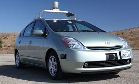 Google-autonomous-toyota-prius-test-vehicle_100343146_m