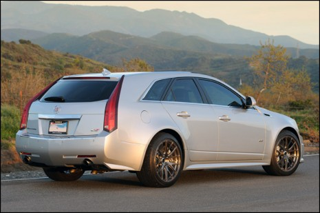 Cts Sport Wagon >> Hennessey V650 2011 Cts V Sport Wagon Is Badass Video