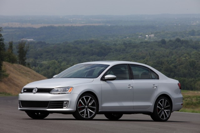 Locate Volkswagen Jetta Sedan Listings Near You