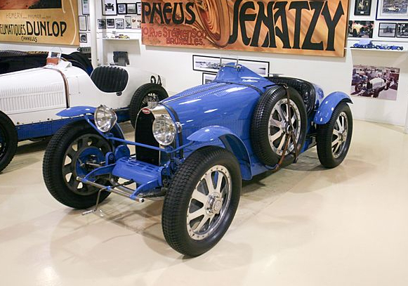 jay leno takes you through the bugatti type 51 video. Black Bedroom Furniture Sets. Home Design Ideas