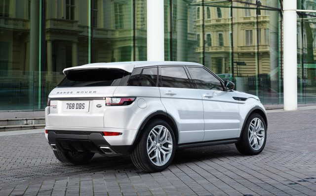 2016 land rover range rover evoque revealed with led headlights new. Black Bedroom Furniture Sets. Home Design Ideas