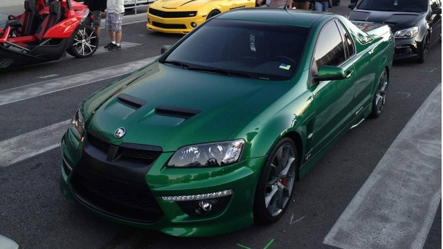 http://images.thecarconnection.com/med/left-hand-utes-hsv-maloo-2014-sema-show-image-via-carsguide_100489092_m.jpg