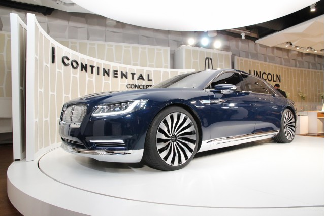 lincoln continental concept unveiling new york city march 29 2015. Black Bedroom Furniture Sets. Home Design Ideas