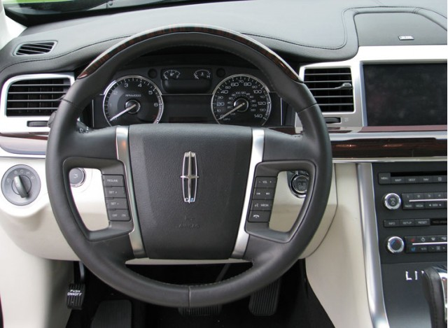 Lincoln_MKS_review_popup_3.jpg