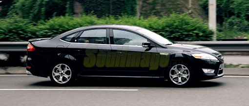 Long-wheelbase Ford Mondeo spotted in China