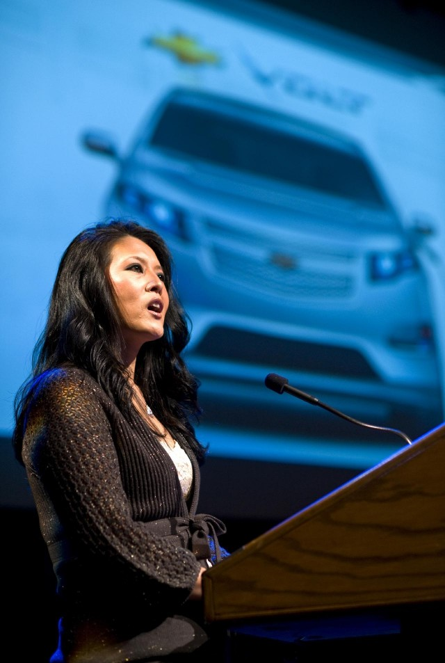 Maria Rohrer speaks to middle school students about the 2011 Chevrolet Volt, November 2009 #9825895