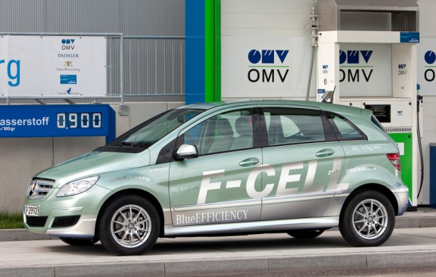 Hydrogen fuel cell cars not viable says volkswagen ceo for Mercedes benz hydrogen car