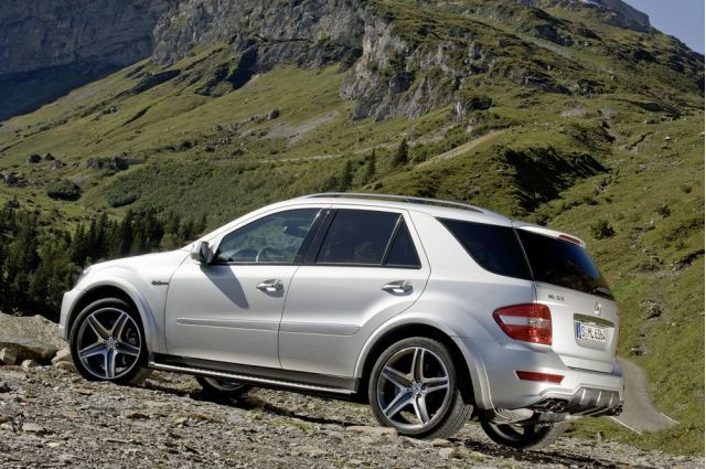 Mercedes-Benz ML63 AMG #8252765