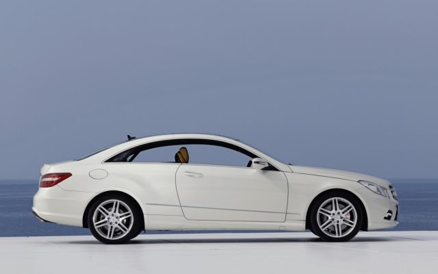 2010 Mercedes-Benz E-Class Coupe Preview