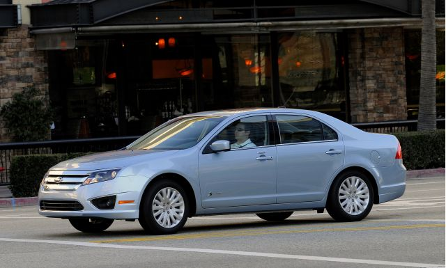 New 2010 Ford Fusion Hybrid #8435836