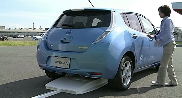 2014 Nissan Leaf Will Cost Less Go Wireless Travel