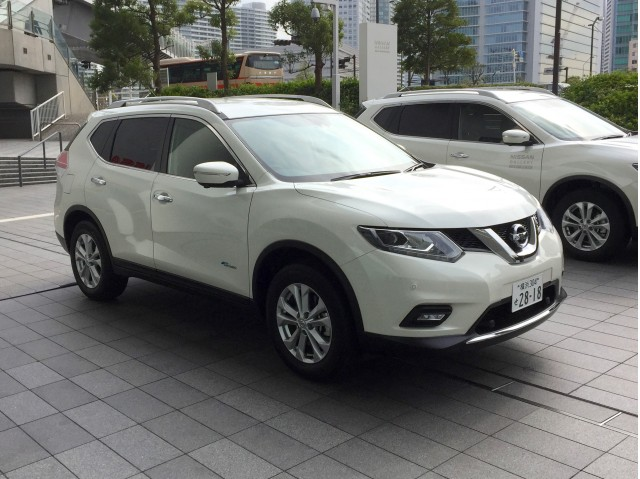 drive 2017 nissan rogue hybrid previewed by x trail hybrid page 2