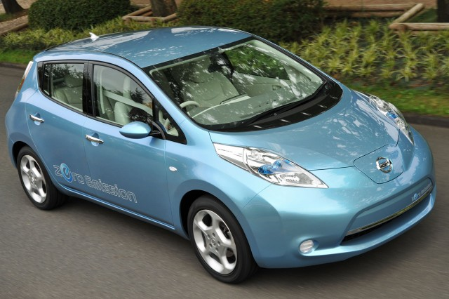 nissan leaf electric car added to certified used program. Black Bedroom Furniture Sets. Home Design Ideas