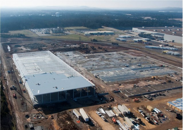 Nissan lithium-ion battery pack plant under construction, Smyrna, Tennessee, Jan 2011 #9483826
