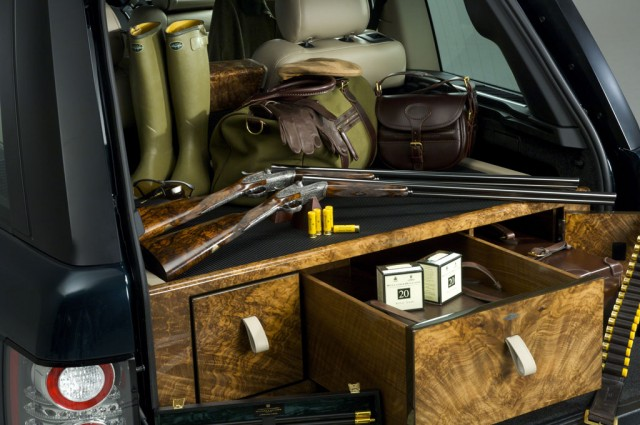 holland holland range rover by overfinch launches gallery 1 motorauthority. Black Bedroom Furniture Sets. Home Design Ideas