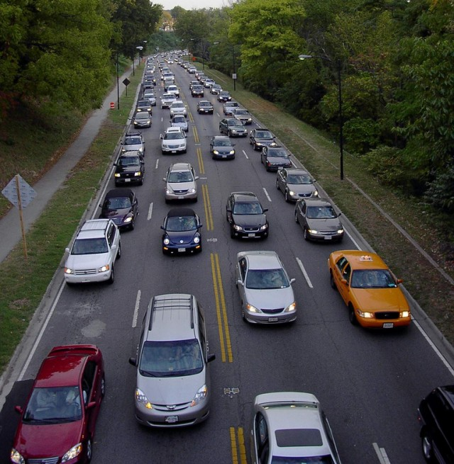 Rush hour traffic in Washington, D.C. (photo by Flickr user had