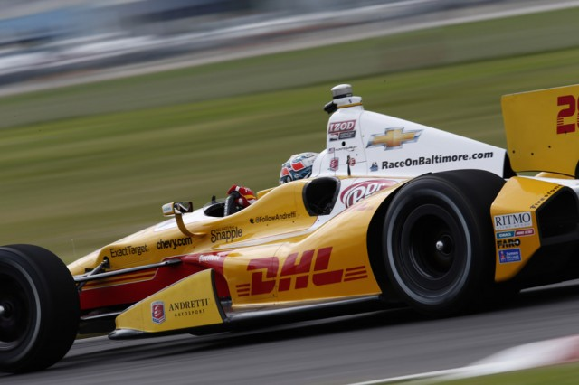 Ryan Hunter-Reay in Edmonton qualifying - IZOD IndyCar Series photo/LAT USA
