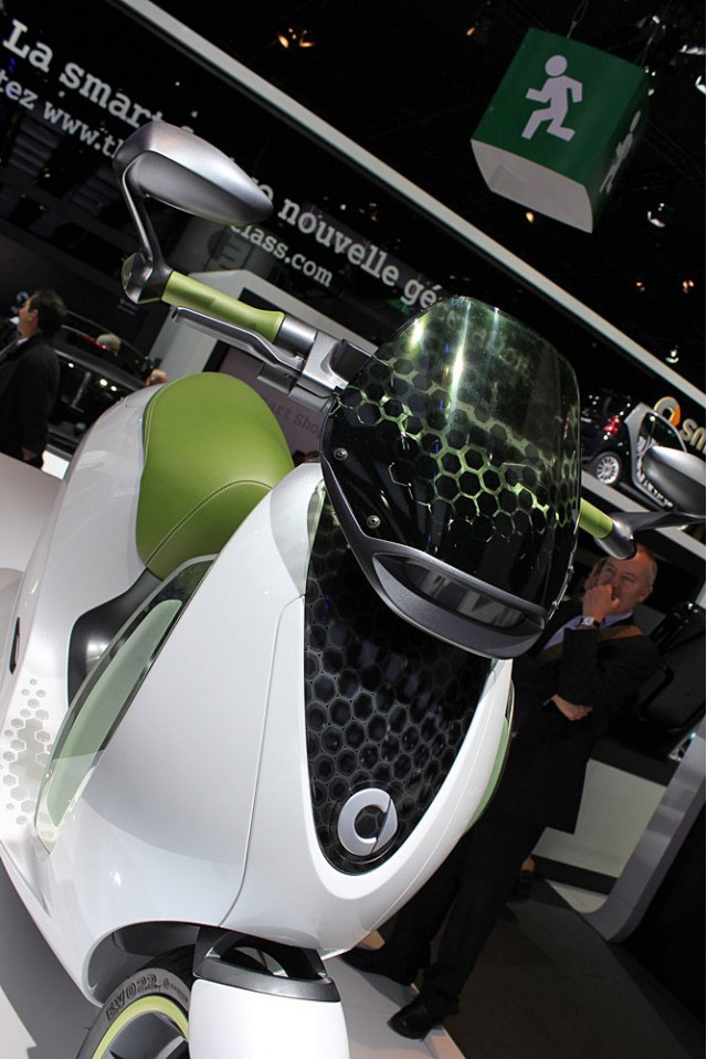 2010 Smart Electric Scooter and Bike Concepts #9478176