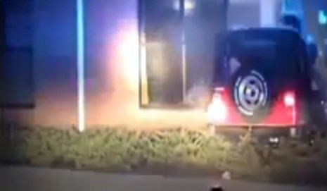 South Carolina crashes Jeep into church